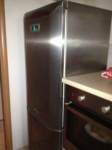 frigorifero fa cattivo odore